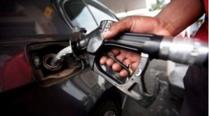 Le nouveau prix du carburant fixé à 8000 GNF à la pompe