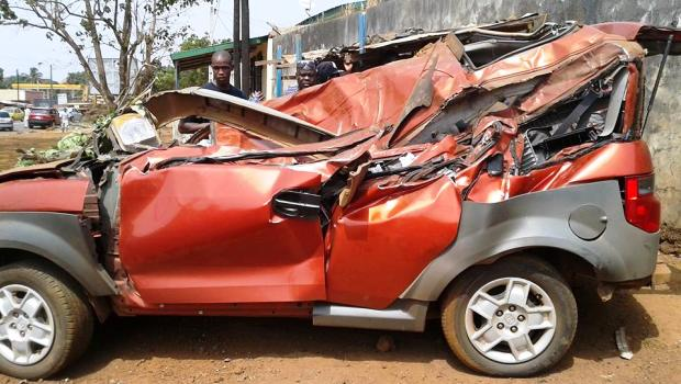 urgent un accident de la circulation tue 4 l ves nongo banlieue de conakry conakryinfos. Black Bedroom Furniture Sets. Home Design Ideas