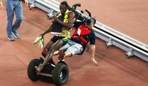 Mondiaux d'Athlétisme: Un cameraman chinois a failli briser la carrière d'Usain Bolt (vidéo)
