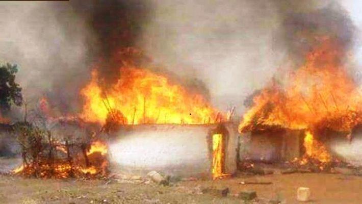 """Résultat de recherche d'images pour """"incendie d'un village de dinguiraye"""""""